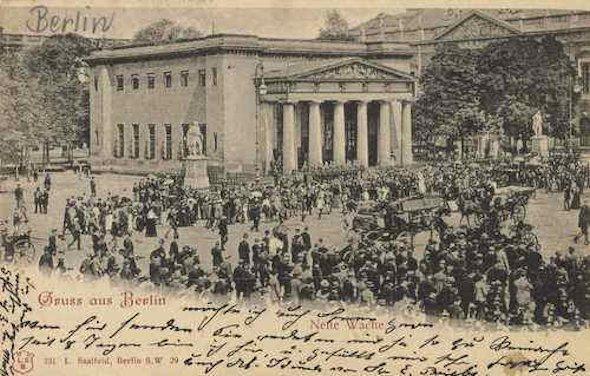 Berlino - com\'era 100 anni fa e com\'è oggi (2)