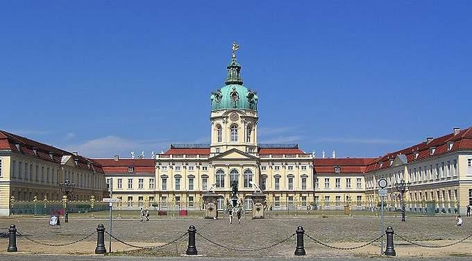 http://www.viaggio-in-germania.de/berlino-charlottenburg01.jpg