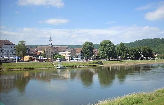 http://www.viaggio-in-germania.de/bodenwerder.jpg