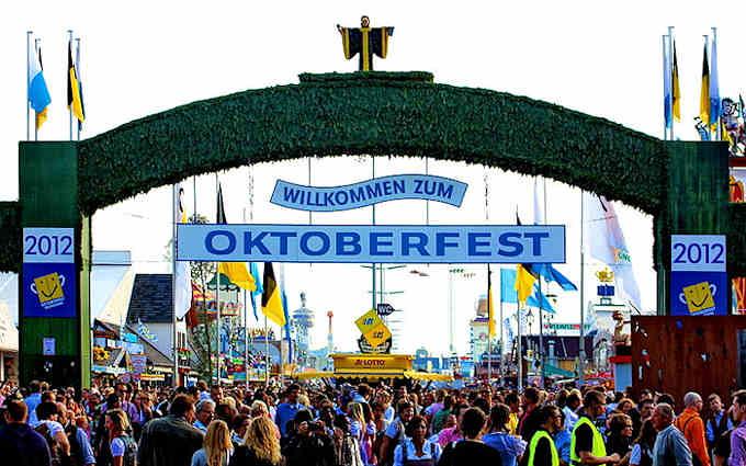 La Festa Della Birra Oktoberfest A Monaco Di Baviera