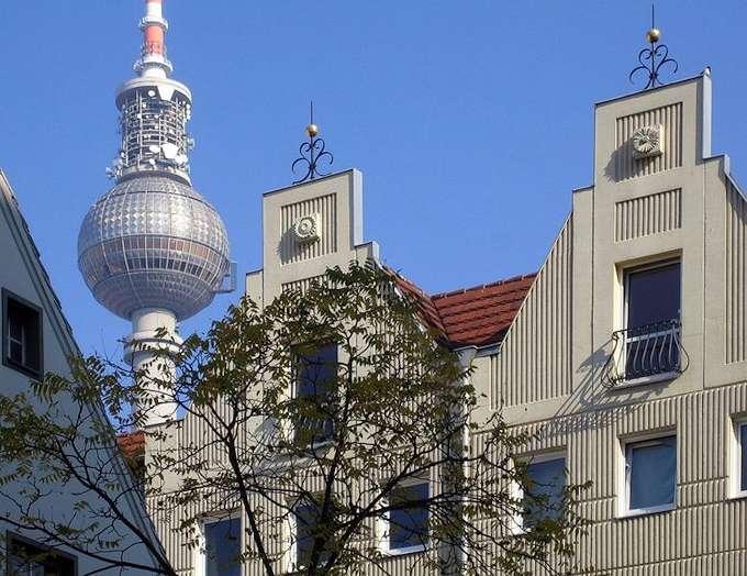 Il quartiere nikolaiviertel di berlino for Case vecchio stile costruite nuove