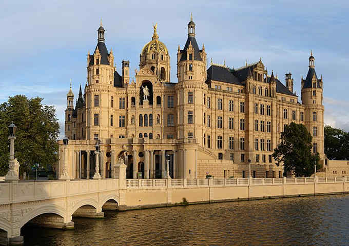Il castello errante di howl streaming ita for Streaming parlamento